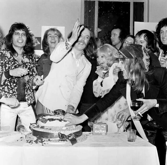 Freddie Mercury Mott