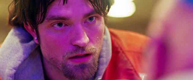 good time clicks for safdie brothers and robert pattinson on