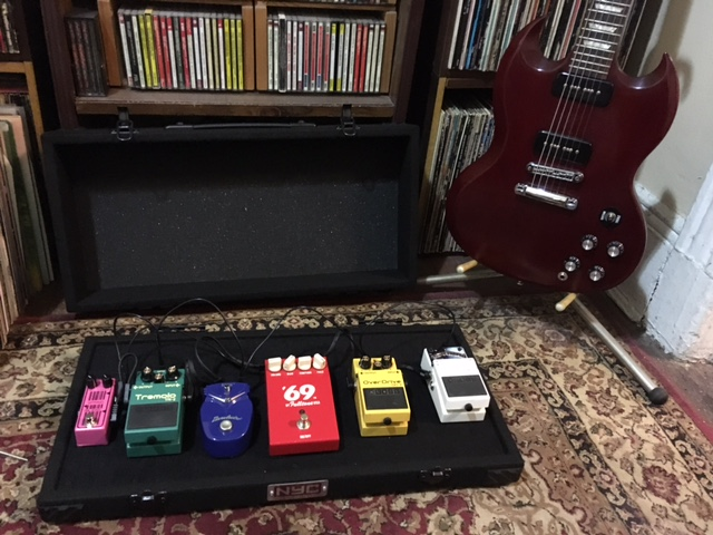 Pedal Board and SG